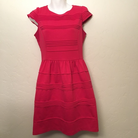 Elle Dresses & Skirts - Elle Dress Size 6